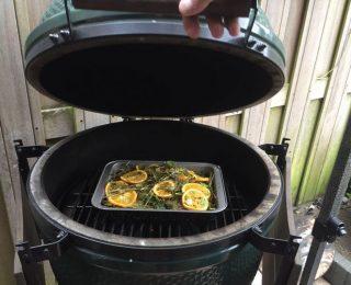 Kip in hooi – recept voor de keramische barbecue